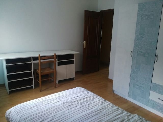 Confortable and cosy stay in Pamplona 3