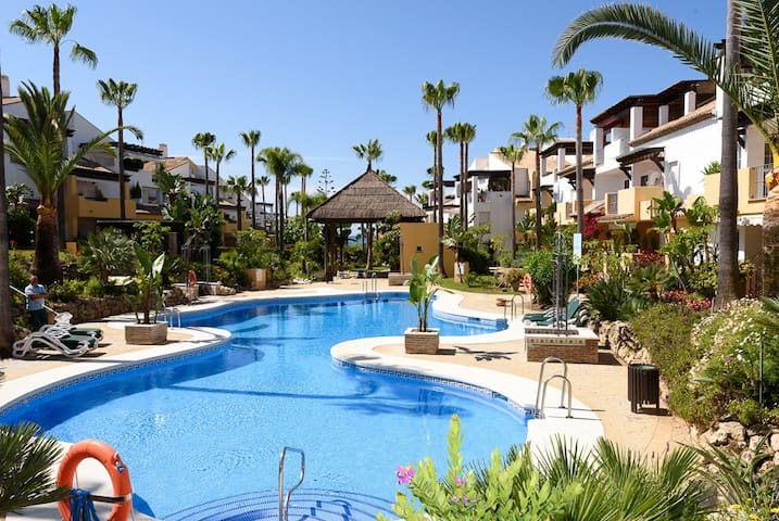 Apartment by the sea in Marbella.