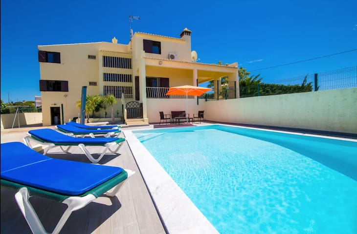 Spacious 2-Storey Villa with Mountain View, Pool, Wi-Fi, Balcony & Terrace; Parking Available