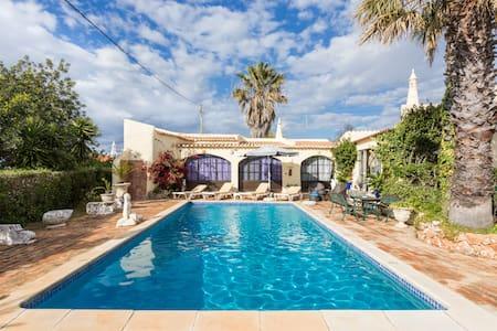 Peaceful & Comfortable Villa. - Lagoa - Casa de camp
