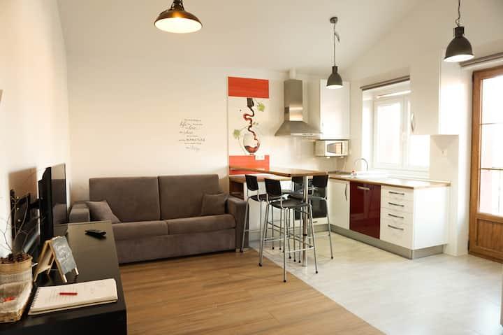 Moderno Apartamento con perfecta ubicación.