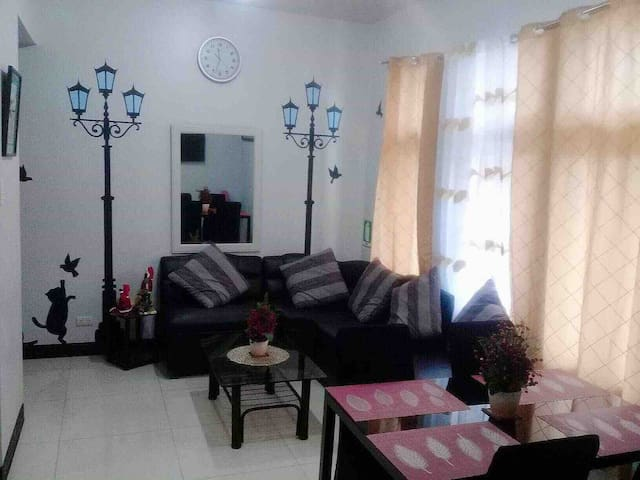 CUBAO MANHATTAN PARKVIEW 1BR Fully Furnished Condo