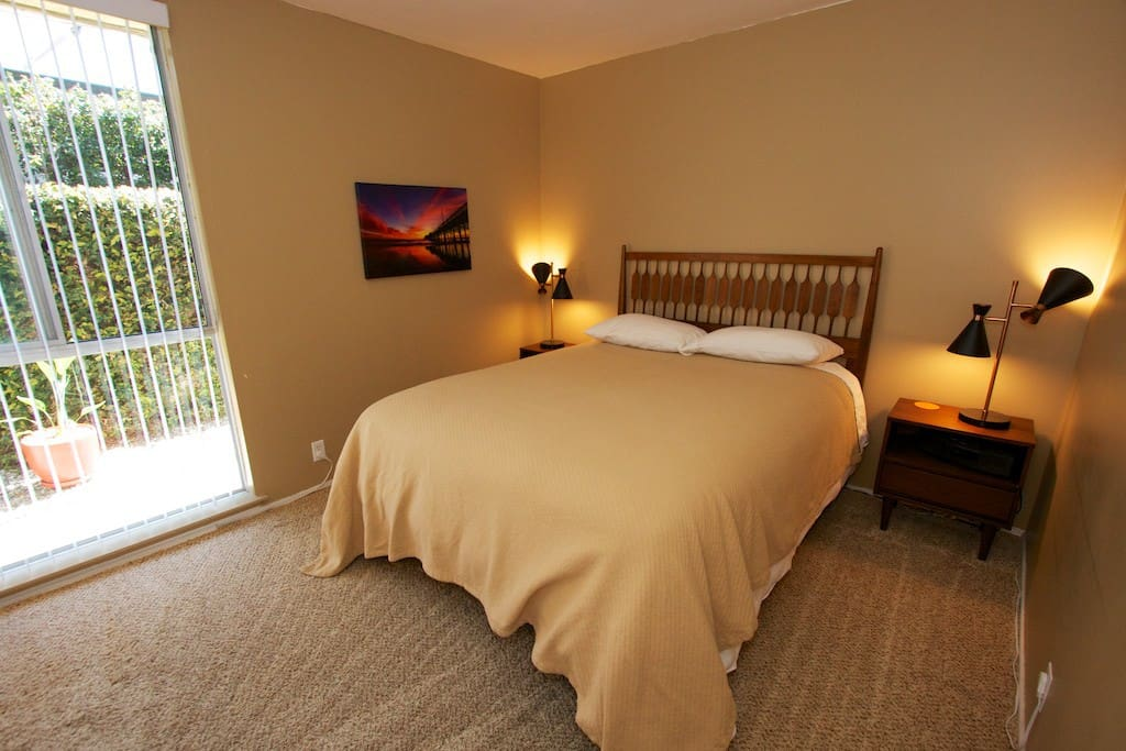 Your room is on the guest wing of the house and features a queen-size mattress with down alternative pillows, 100% cotton bedding, and sheets with a thread count of at least 600.