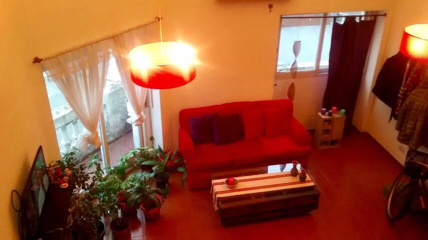 Luminosa habitación privada con balcón en La Boca - Buenos Aires - Loft