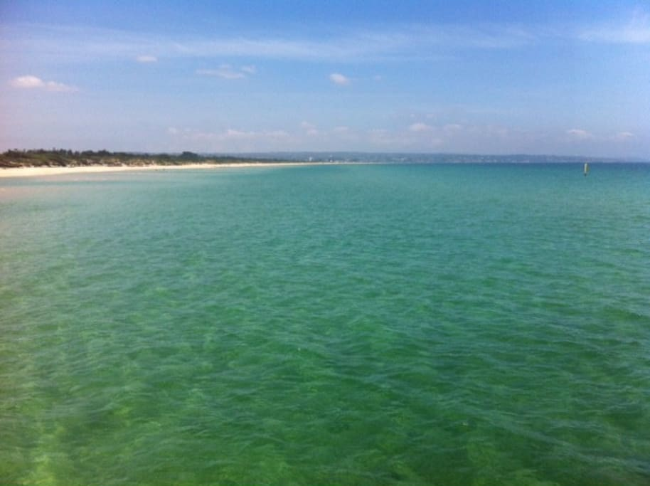 Beautiful Seaford beach view from the pier- great for swimming, kayaking, paddle boarding & relaxing