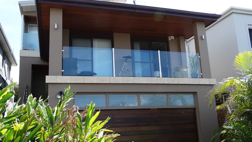 Ocean Breeze - stylish & private - South Coogee - Rumah