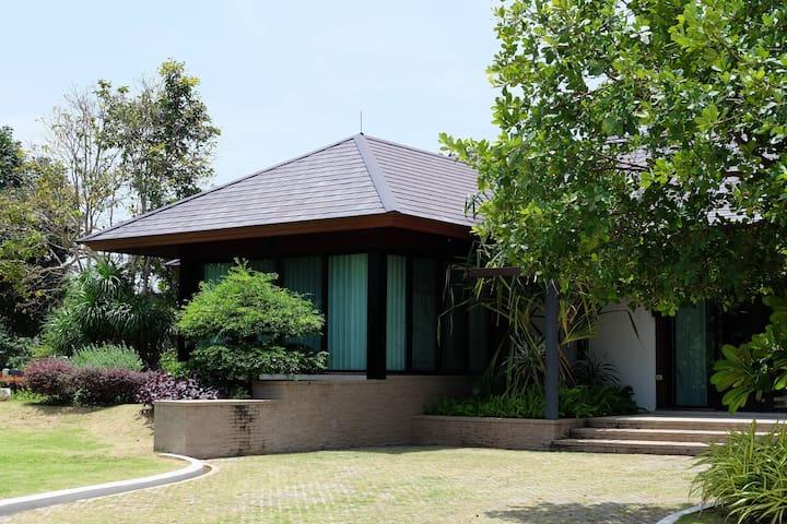 2 bedrooms villa residence