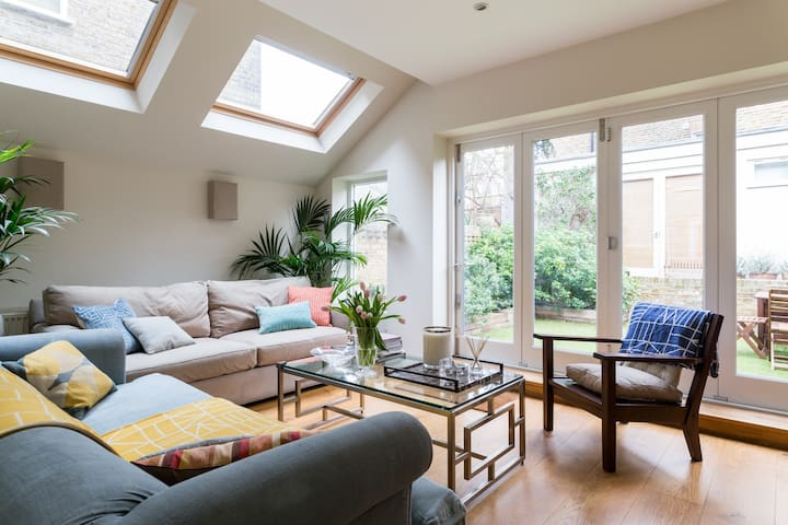 Stunning 4bed family home, nr Hammersmith tube