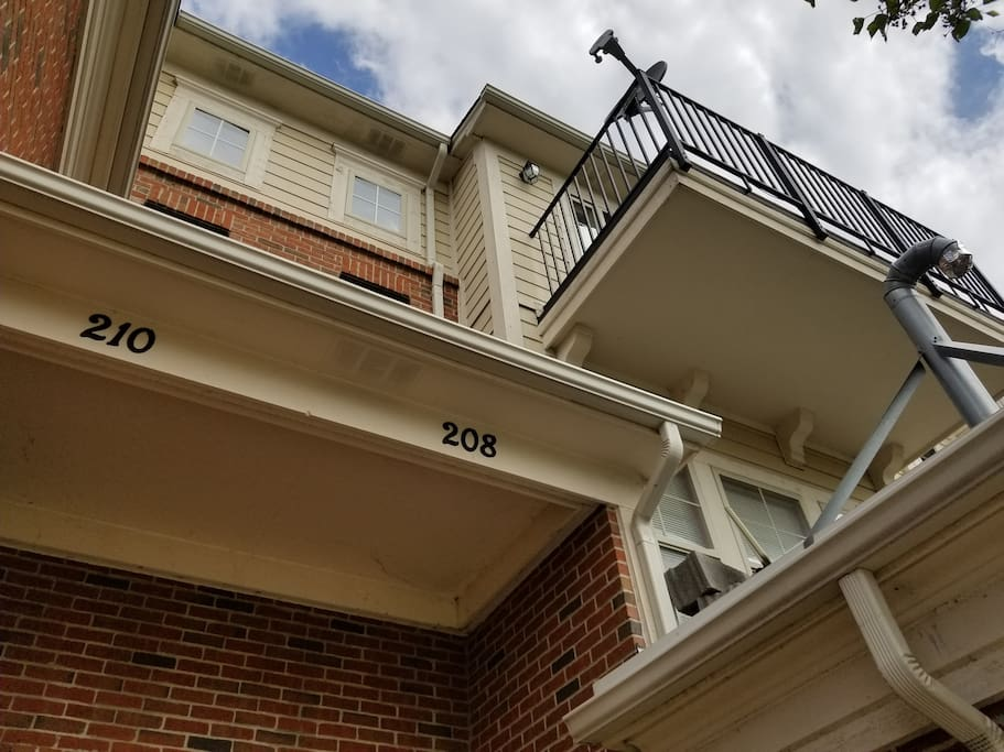 Front of Condo looking up to Balcony
