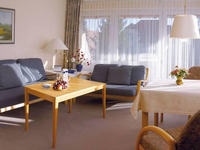 Ferienwohnung Haus Schiller, (Königsfeld), Ferienwohnung Albert Schweitzer, 49qm, 1 Schlafzimmer, max. 2 Personen