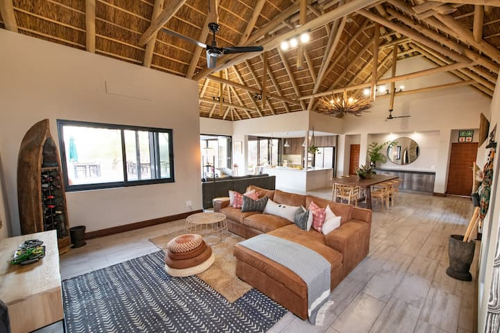 Luxury Safari Villa close to Kruger Park.