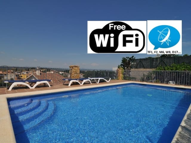 ROMEU: HOUSE WITH POOL + FREE WIFI + SATELLITE TV.