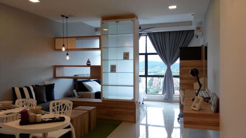 Cozy Designed & Furnished Studio Taman Equine - Seri Kembangan - Daire