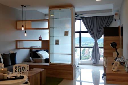 Cozy Designed & Furnished Studio Taman Equine - Seri Kembangan