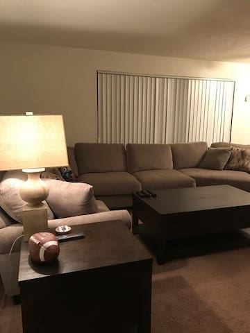 Small cozy apart near CLE Airport - Middleburg Heights - Pis
