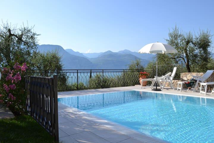 Villa Milena 40qm Gardasee - Brenzone - Apartamento