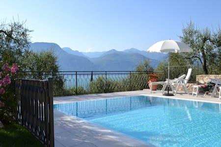 Villa Milena 40qm Gardasee - Brenzone