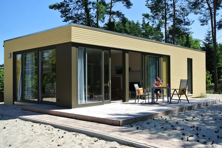 Schicker Strandbungalow in Toplage