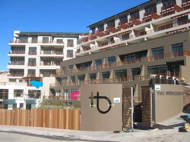 The Heroldsbay luxury apartment