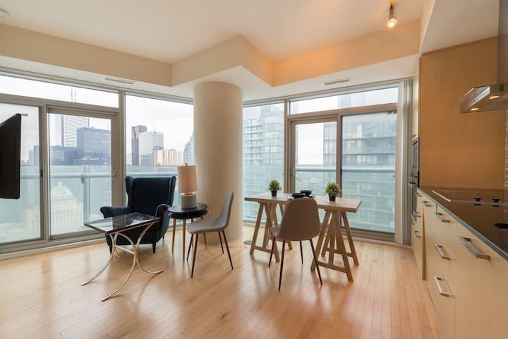 Skyline Suite w/ Breathtaking View - CN Tower