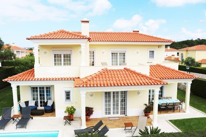 Casa Flora, Praia D'el Rey - Óbidos Municipality - Villa