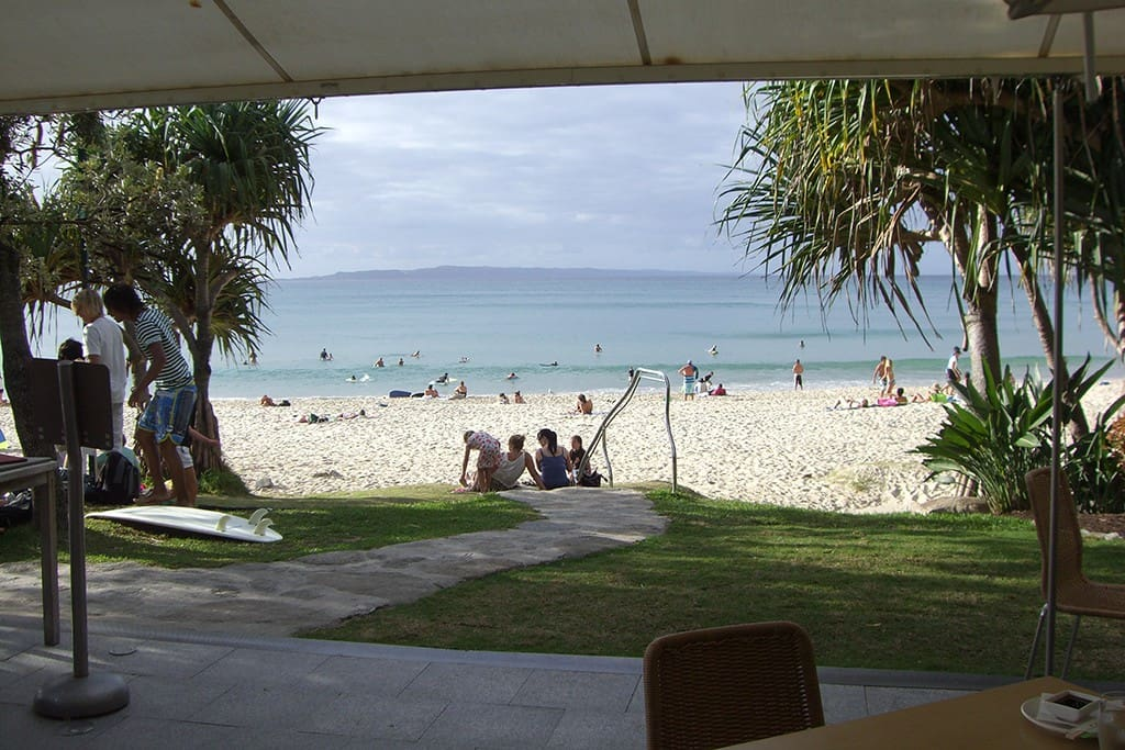400 Metres to Little Cove Beach and 800 Metres to Noosa Main beach with all it's world class restaurants
