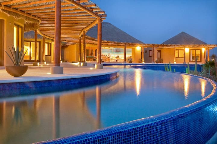 2 Bedroom Resort with OLYMPIC size heated pool