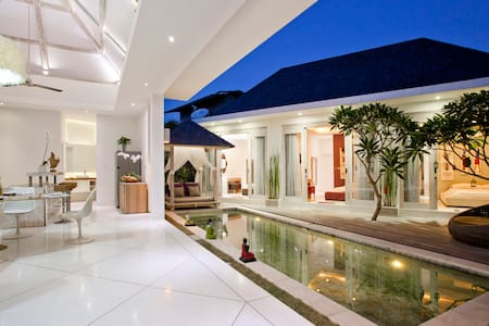 PROMO -33%OFF Magic Trip Seminyak - Kuta - Villa