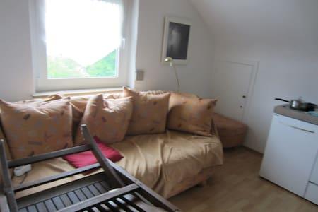 Ruhige 1-Zimmer-Wohnung - S-Bahn-Nähe - Remshalden