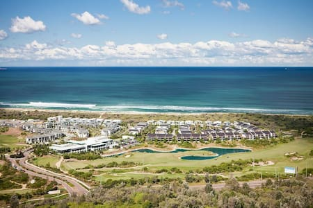 Central Coast beach and golf resort - Magenta - Townhouse