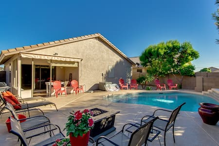 Private Heated Swimming Pool in Apache Junction - Apache Junction