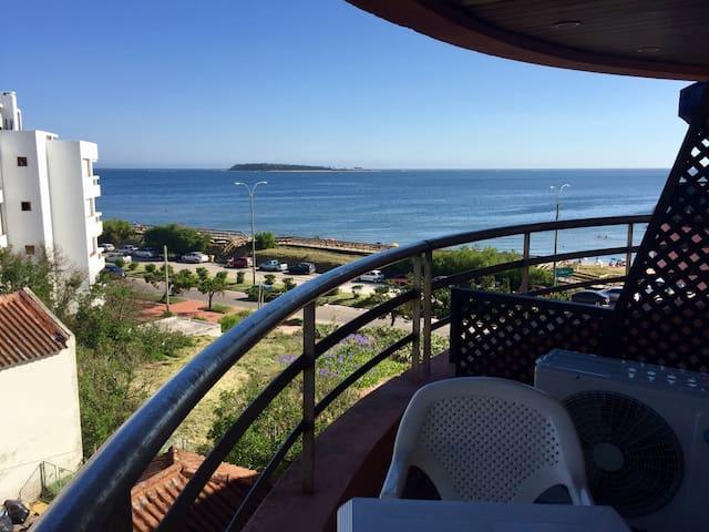 Apto 1 dormitorio frente a la playa - Punta del Este - Lejlighed