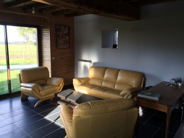 Charming Quiet & Relaxing Cottage - Châtillon-en-Vendelais - House