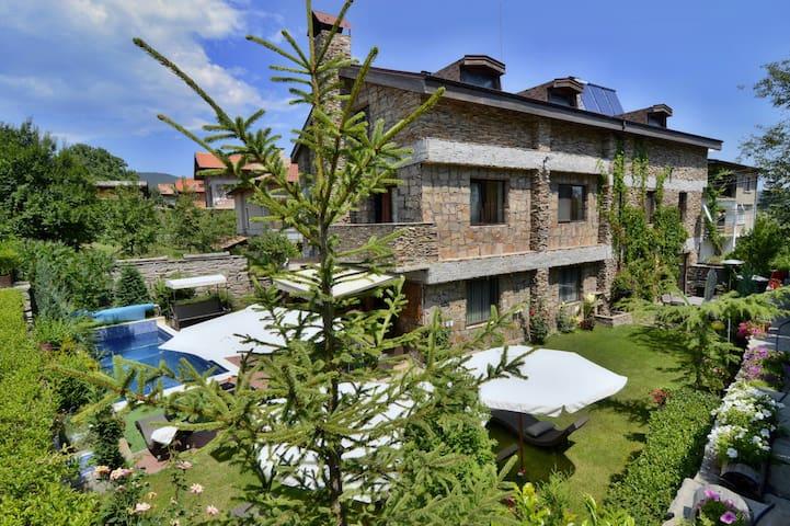Villa Vuchev - Velingrad - Vila