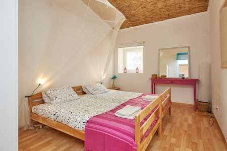 Ocean Cosy Room, Surf, Trekking, Sightseing,Sintra - Colares
