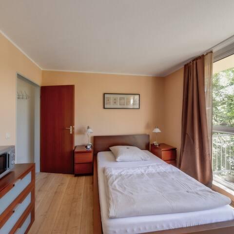 Toll ausgestattete 30m²-Eco-Wohnung - Jülich - Byt