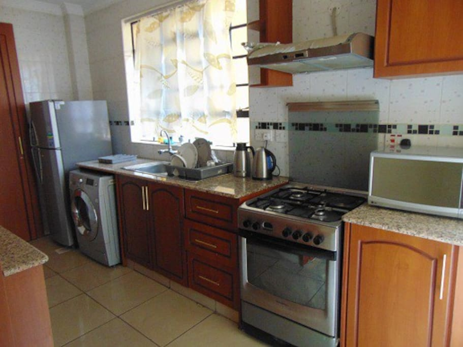 Cosy 2 bedroom apartment in westlands apartments for for Kitchen design kenya