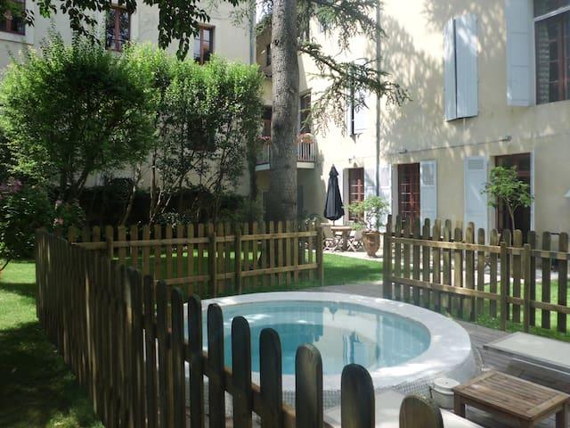 CENTRE HISTORIQUE  AVIGNON - Avignon - Rumah