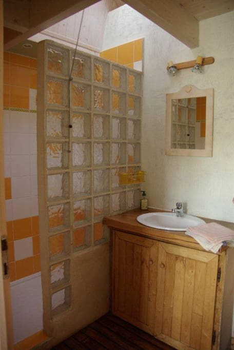 Maison d 39 h te belle ile en mer bed breakfasts for - Chambre d hote belle ile en mer le palais ...