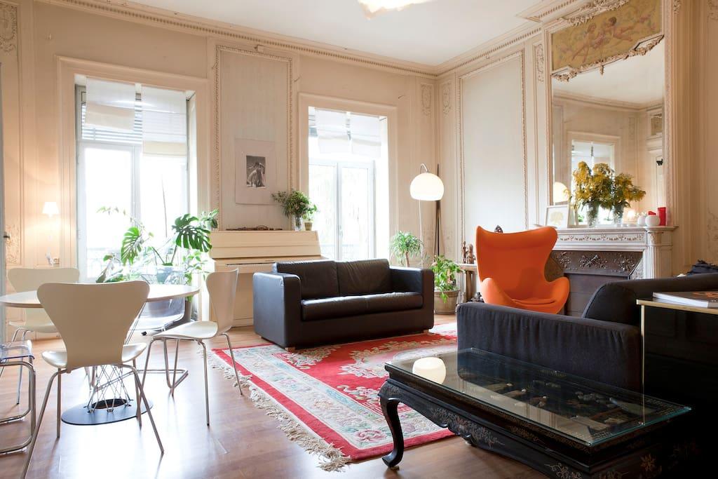 chambre c ur de ville avec salle d 39 eau priv e appartements louer montpellier languedoc. Black Bedroom Furniture Sets. Home Design Ideas