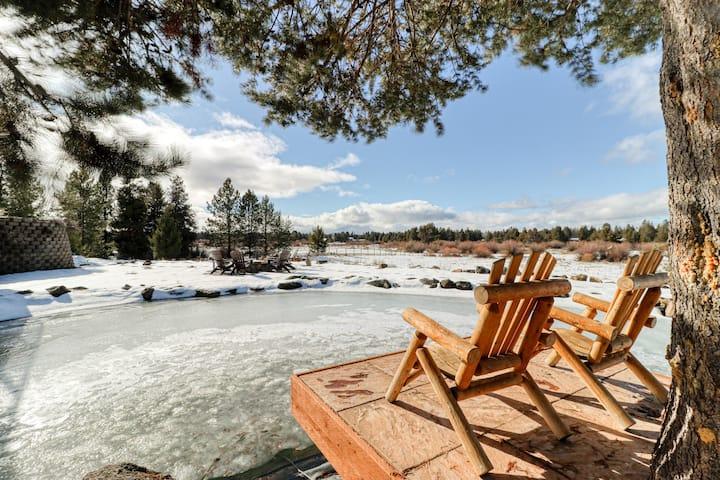 Spacious dog-friendly riverfront log home w/ game room, WiFi, & stunning views!