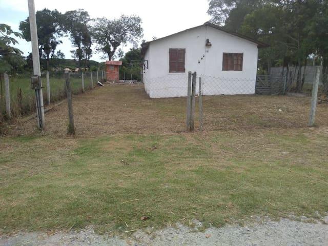Casa Balneário Gaivotas - Matinhos