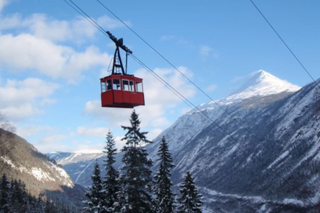 Krossobanen is the first cable car to be built in Northern - Europe. Krossobanen whisks you up to the foot Hardangervidda, Norway's largest national park.