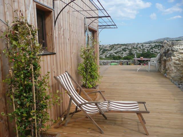 Gîte écologique-bois-terre-paille - Roquefort-des-Corbières