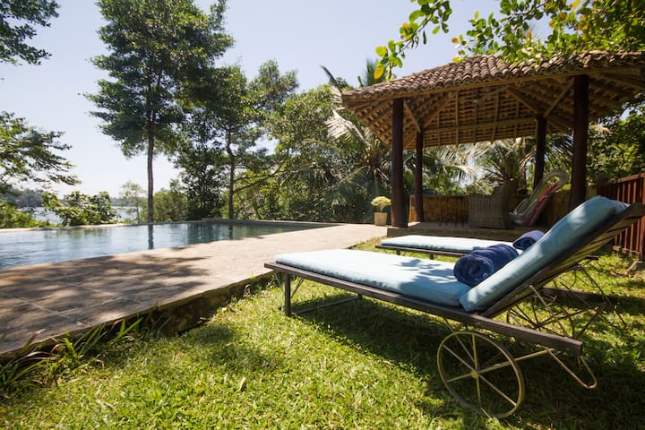 Luxury Double Room with Lake View, Koggala