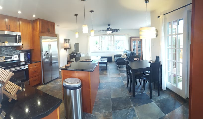 NEW! 2+ bed 2 houses from beach Waimanalo Hideaway