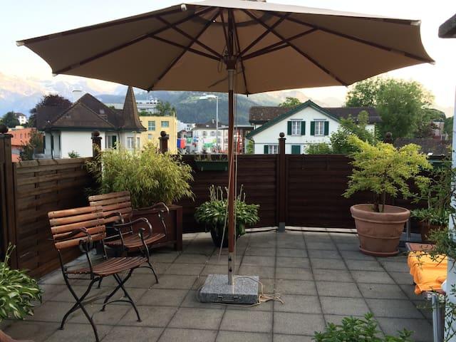 grosse schön renovierte altbauwhn - Brunnen SZ - Appartement
