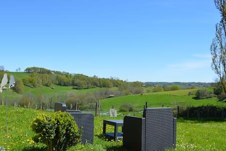 Ma Chambre à la Campagne - Saint-Martin-de-Fressengeas