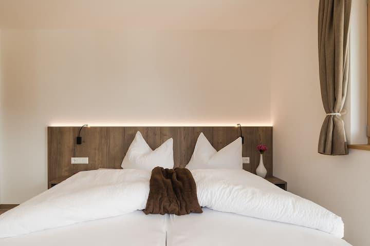 Appartamento Rustico Vermoi in Fattoria di Montagna con Terrazza, Esperienze Agricole e Wi-Fi; Parcheggio disponibile