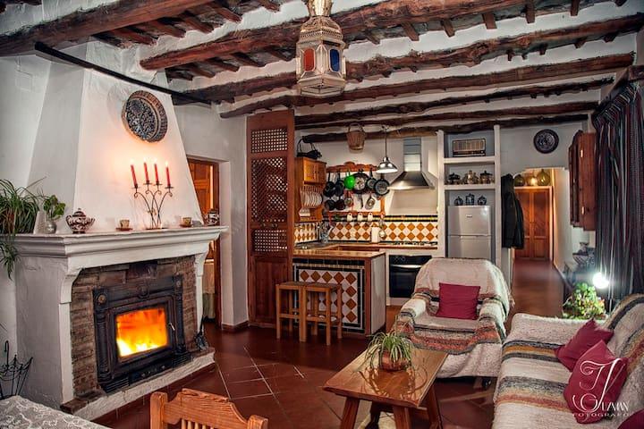 Casa De La Fuente con vistas unicas - Bubión - Casa